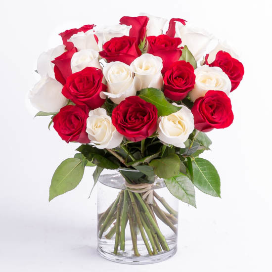 rose bouquet red and white jhbpta only so spoilt - White Garden Rose Bouquet